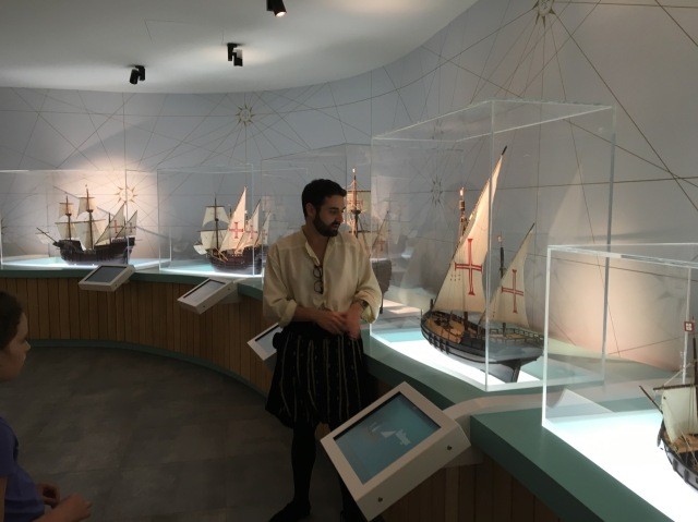 Portugese ships/ narrator
